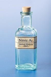 Лекарство Nitricum acidum.